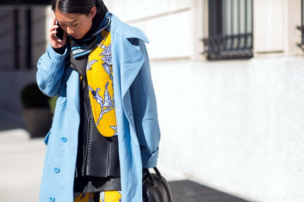 nyfw-pastel-blue-coat-printed-pant-suits-yellow-scarf-spring-to-winter-via-thestyleograph